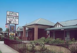 Tanjil Motor Inn - St Kilda Accommodation