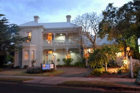 Comfort Inn Riversleigh - St Kilda Accommodation