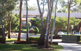 Comfort Inn  Suites Robertson Gardens - St Kilda Accommodation