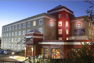 Hotel Ibis Thornleigh - St Kilda Accommodation