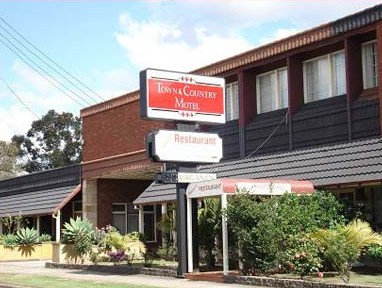 Town  Country Motel - St Kilda Accommodation