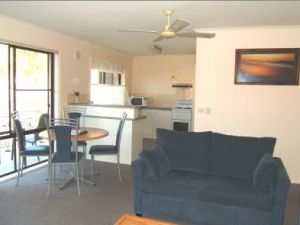 Ocean Drive Apartments - St Kilda Accommodation