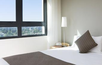 Pacific International Suites Parramatta - St Kilda Accommodation