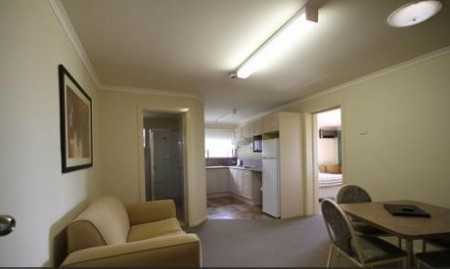 Araluen Motor Lodge - St Kilda Accommodation