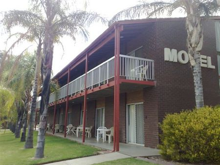 Barmera Hotel Motel - St Kilda Accommodation