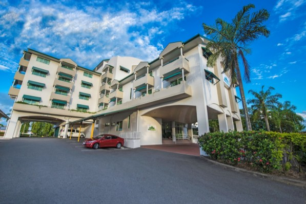 Cairns Sheridan Hotel - St Kilda Accommodation