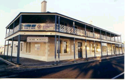 Robe Hotel - St Kilda Accommodation