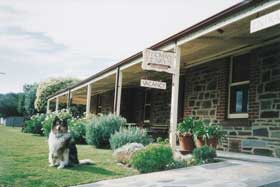 Thomas Henry's Of Port Elliot - St Kilda Accommodation