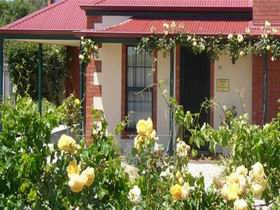 Wine And Roses Bed And Breakfast - St Kilda Accommodation
