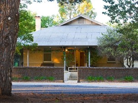Mill Cottage Loxton - St Kilda Accommodation