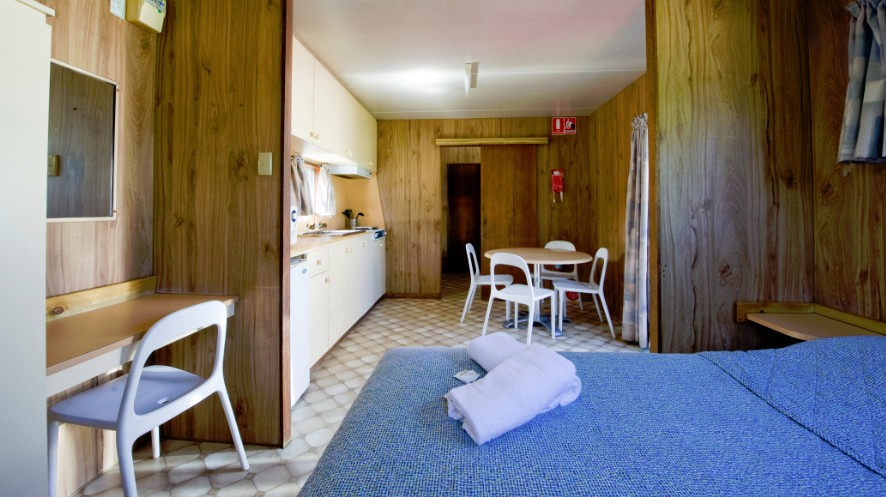 Port Elliot Holiday Park - St Kilda Accommodation