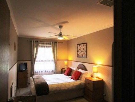 Southern Vales Bed And Breakfast - St Kilda Accommodation