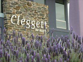 Cleggett Wines - St Kilda Accommodation