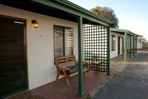 Moonta Bay Road Cabins and Cottages - St Kilda Accommodation