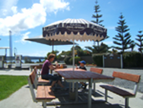 Hillcrest Caravan Park - St Kilda Accommodation