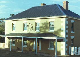 Wilmot Arms Inn - St Kilda Accommodation