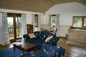 Coal Valley Cottage - St Kilda Accommodation