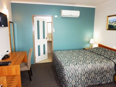 Mountain View Country Inn - St Kilda Accommodation