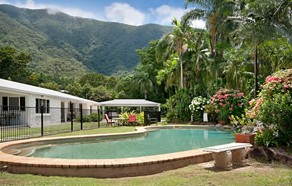 Jungara Cairns  Bed and Breakfast - St Kilda Accommodation