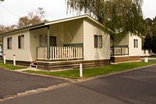 Pleasurelea Tourist Resort and Caravan Park - St Kilda Accommodation