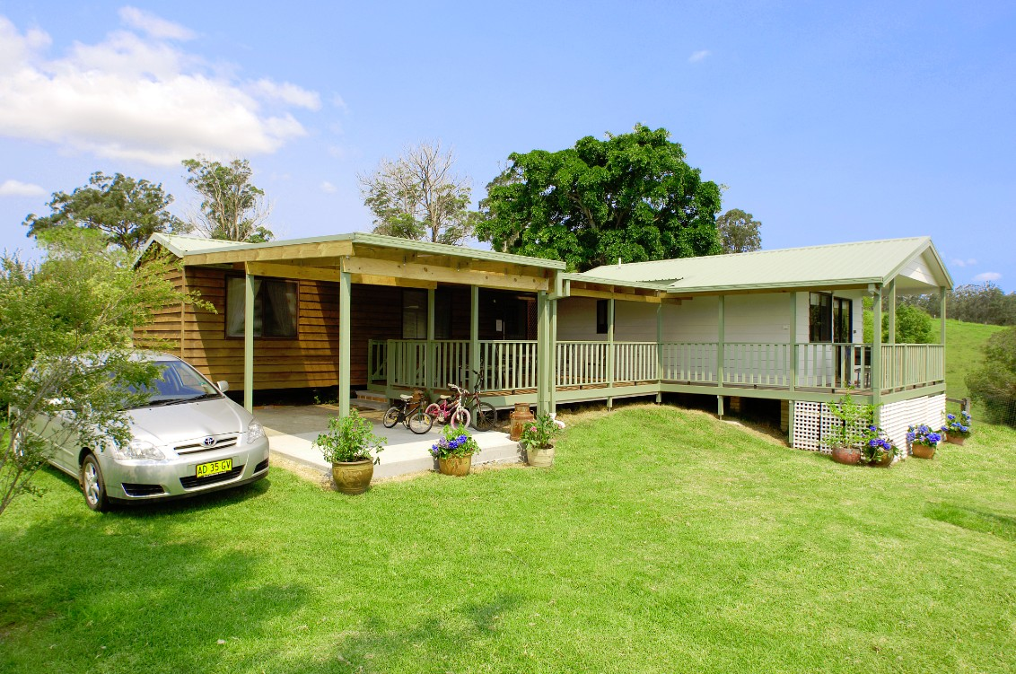 Cedar Grove Farmstay - St Kilda Accommodation