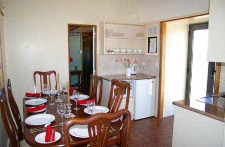 Country Carriage Bed and Breakfast - St Kilda Accommodation