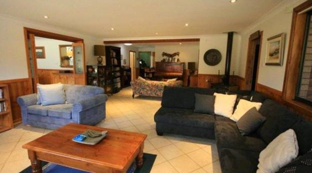Adams Peak Retreat - St Kilda Accommodation