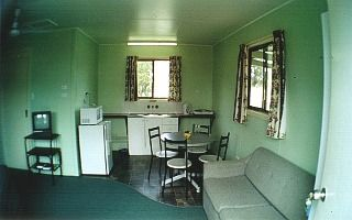 Country Style Accommodation Park - St Kilda Accommodation