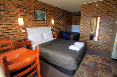 Apple and Grape Motel - St Kilda Accommodation