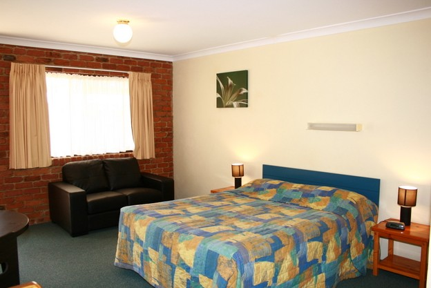Wondai Colonial Motel and Restaurant - St Kilda Accommodation