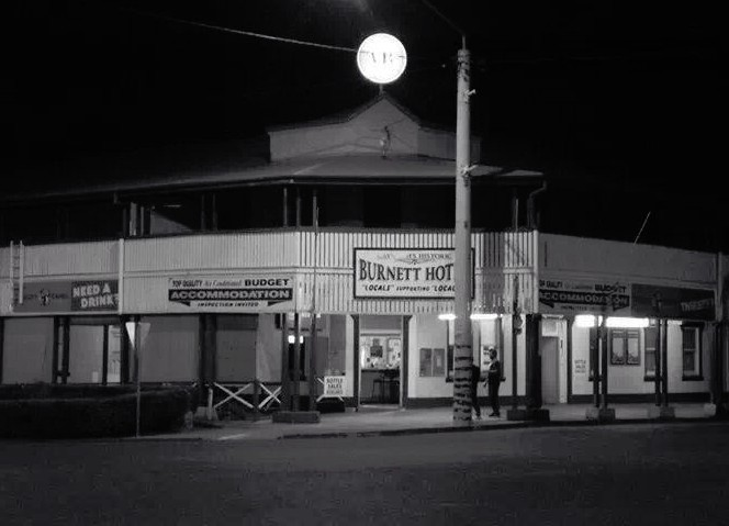 Burnett Hotel - St Kilda Accommodation
