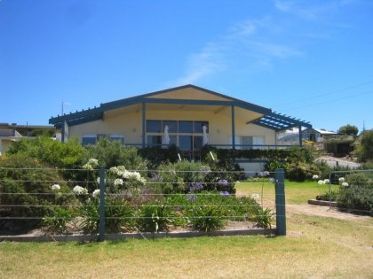 Emu Bay Lodge - St Kilda Accommodation