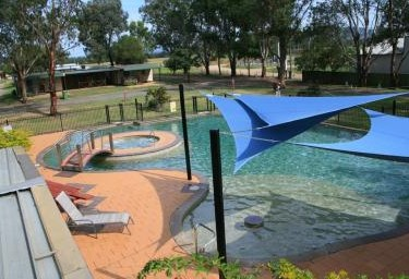 Valley Vineyard Tourist Park - St Kilda Accommodation