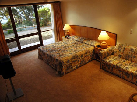Kangaroo Island Lodge - St Kilda Accommodation