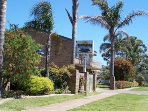 Beachfront Units Merimbula - St Kilda Accommodation