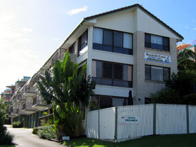 Beachside Court - St Kilda Accommodation