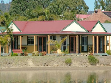 Coachhouse Marina Resort Batemans Bay - St Kilda Accommodation