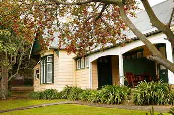 Coolangatta Estate - St Kilda Accommodation