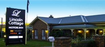 Lincoln Cottage Motor Inn - St Kilda Accommodation