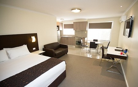 Country Comfort Premier Motel - St Kilda Accommodation