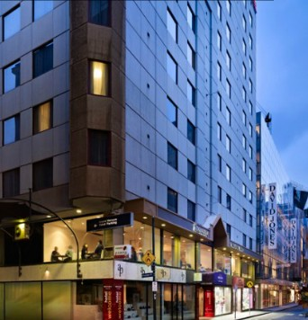 Mercure Hotel Welcome Melbourne - St Kilda Accommodation