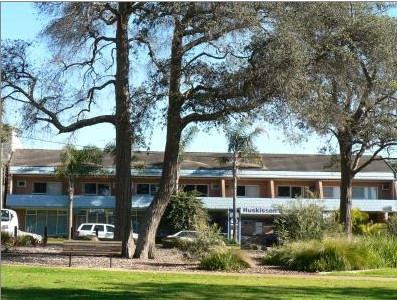 Huskisson Beach Motel - St Kilda Accommodation