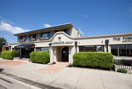 The Town House Motor Inn - Sundowner Goondiwindi - St Kilda Accommodation