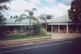 Clermont Motor Inn - St Kilda Accommodation