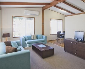 Karalta Court Village - St Kilda Accommodation