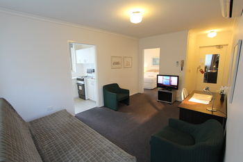 Drummond Apartments Services - St Kilda Accommodation