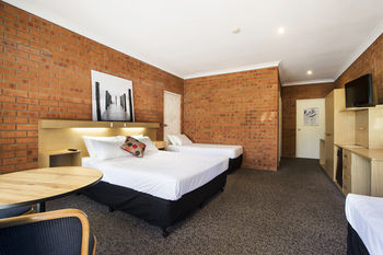 Archer Hotel Nowra - St Kilda Accommodation