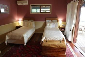 Eumundi Gridley Homestead BampB - St Kilda Accommodation