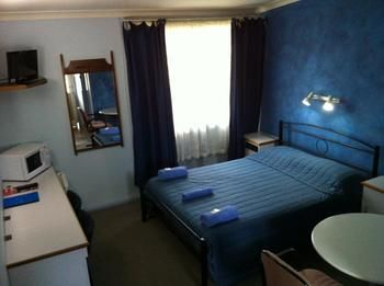 Bushmans Retreat Motor Inn - St Kilda Accommodation