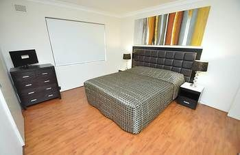 Balmain 3 Mont Furnished Apartment - St Kilda Accommodation